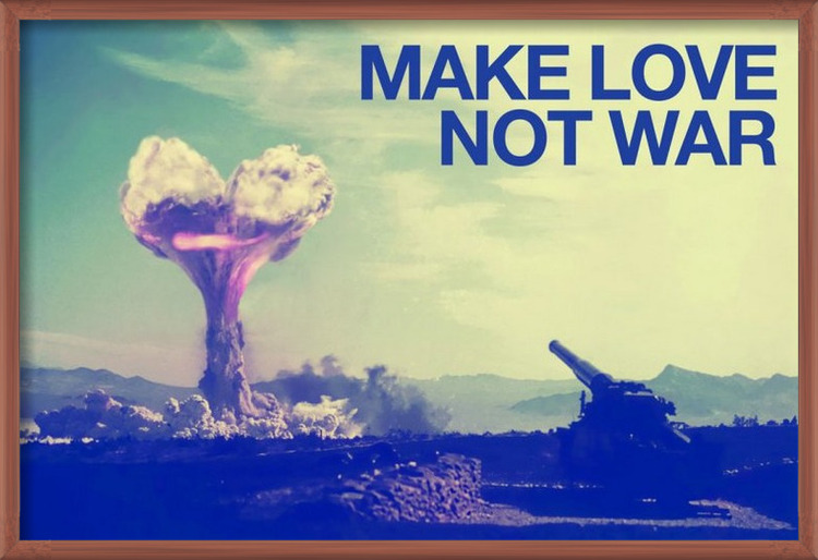 Plakát Make love not war
