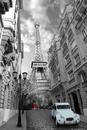 Paříž - red girl blue car